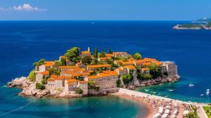 Small-Island-Village-in-Montenegro-1600x900