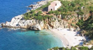 italy-sicily-zingaro-beach